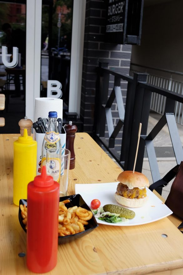 lily burger berlin sattundfroh