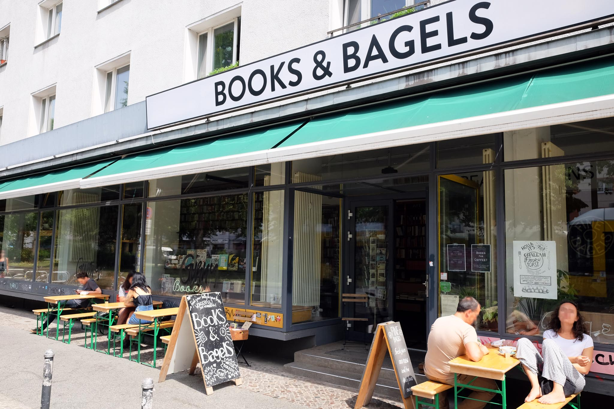 books bagels berlin