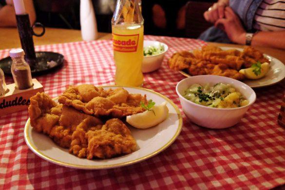 österreischisch essen wiener schnitzel berlin friedrichshain