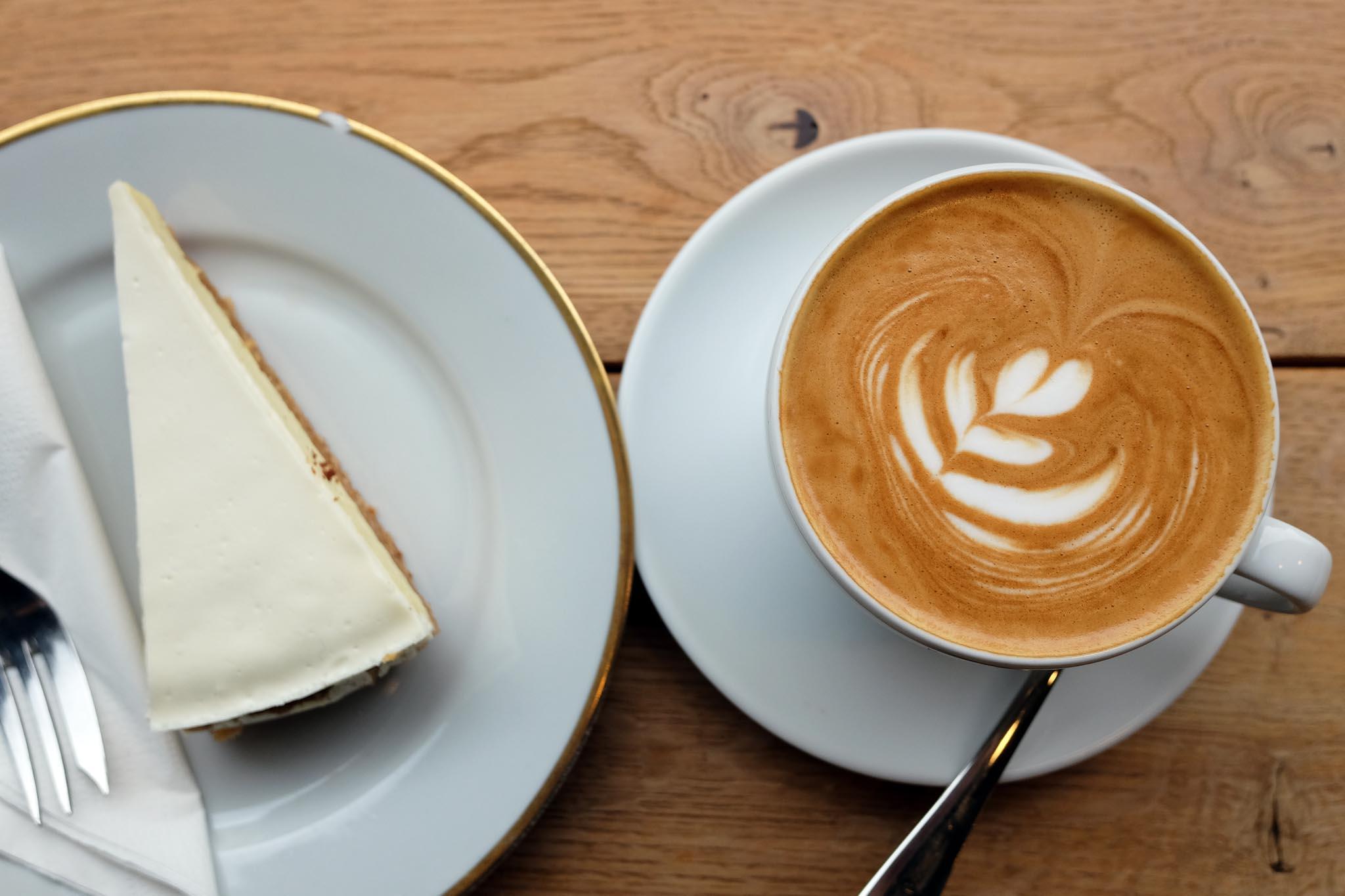 Die Kaffeenauten Sattundfroh