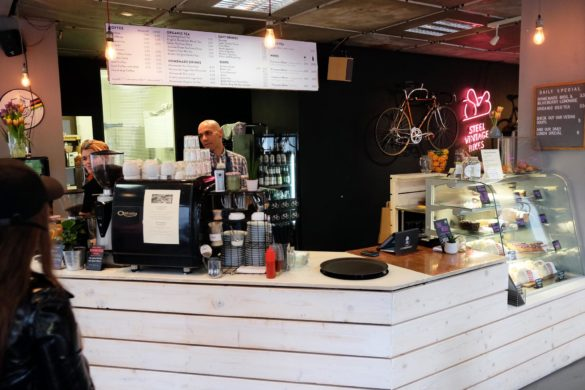 cafe frühstück rad berlin mitte