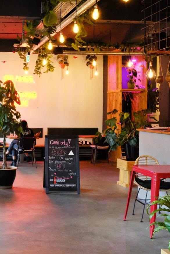 hipster asia restaurant berlin wedding